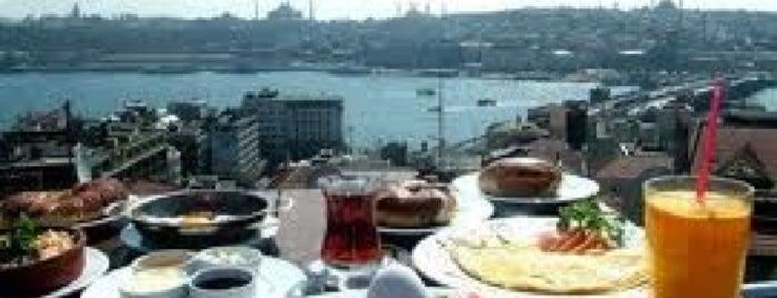 Galata Konak Cafe & Restaurant is one of İstanbul Yeme&İçme Rehberi - 5.