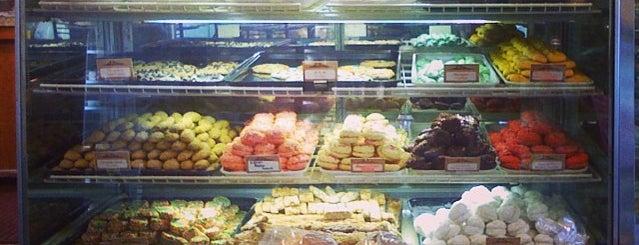 La Cascia's Bakery is one of Pastry.