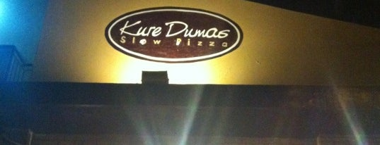 Kure Dumas Slow Pizza is one of Lugares.