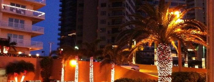 Ocean Manor Resort Hotel is one of Must-visit Food in Fort Lauderdale.