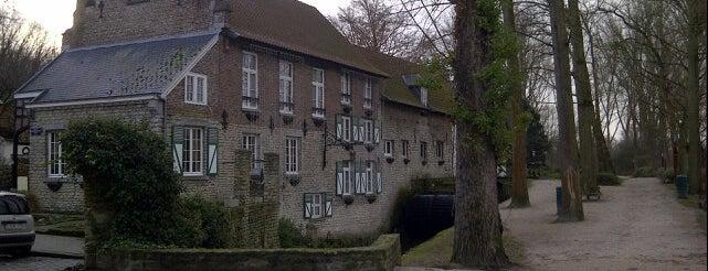 Le Moulin de Lindekemale is one of Stockel.