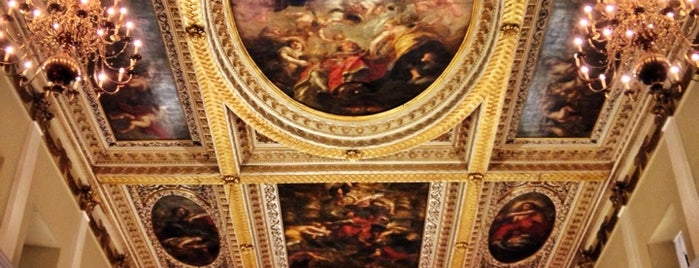 Banqueting House is one of Around The World: London.