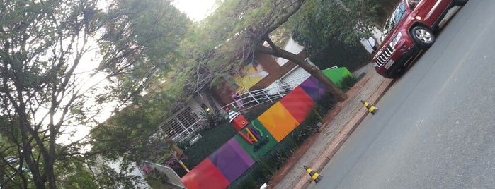 Kids Choice Casa de Festas is one of Nightlife & Pubs.