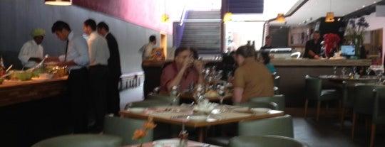 Santinho is one of Restaurantes.