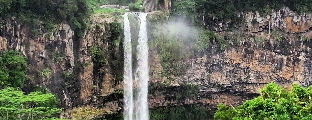 Chamarel Waterfall is one of أماكن جميلة حول العالم.