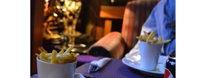 Versai Cafe is one of Riyadh.