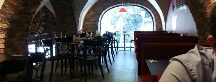 Papa John's Pizza is one of Restaurants in Baku (my suggestions).