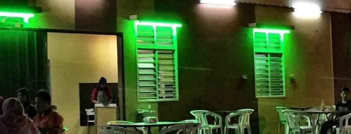 Lat's Kitchen is one of Makan @ Melaka/N9/Johor #15.