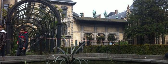 Rubenshuis is one of Antwerpen #4sqCities.