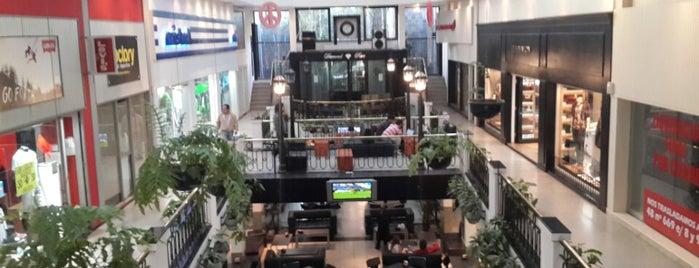 El Viejo Teatro is one of Favoritos.