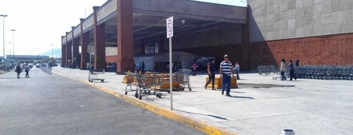 Walmart is one of Centros comerciales predilectos.