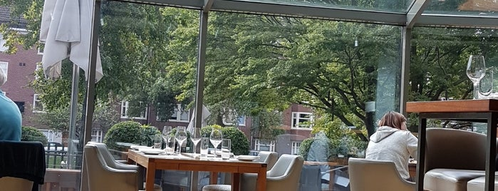 Serre Restaurant is one of Amsterdam.