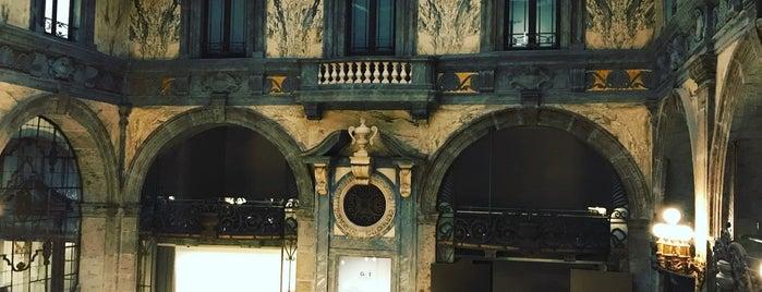 Palazzo Zevallos Stigliano is one of Napoli.