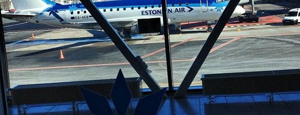 Аэропорт Таллин им. Леннарта Мэри (TLL) is one of Любимые места в Таллинне.