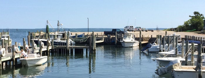 Orient by The Sea Marina & Restaurant is one of East Marion Weekend.