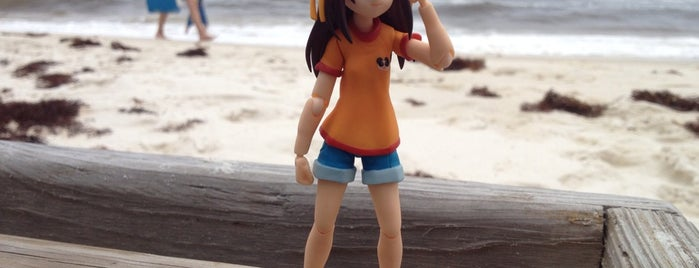 Perdido Key Beach is one of The Travelogue of Haruhi Suzumiya 涼宮ハルヒの旅日記.