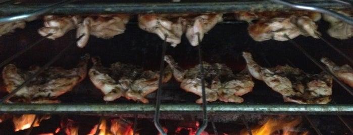 O Brazeiro is one of Restaurantes.