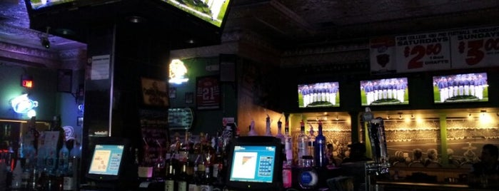 Boomer's Sports Bar & Grill is one of Official Blackhawks Bars.