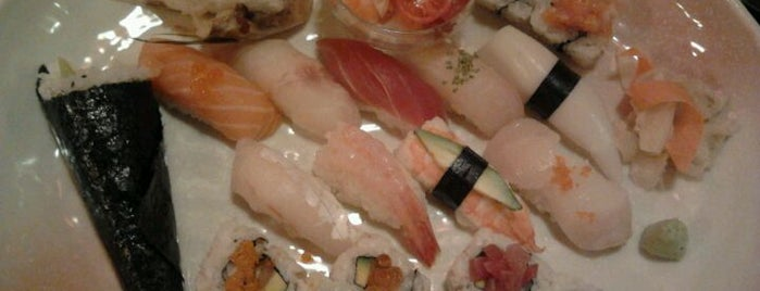 Sushiteca O-ma.ca.sé. is one of Milan(o) the BEST! = Peter's Fav's.