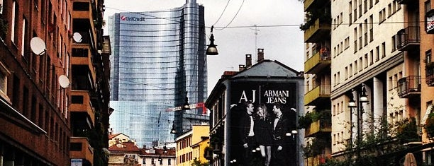 Corso Garibaldi is one of Milano OOTB.