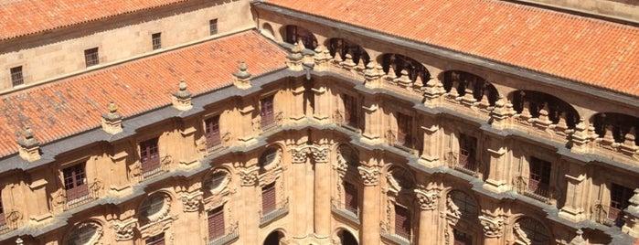 Universidad Pontificia de Salamanca is one of Guía de Salamanca.