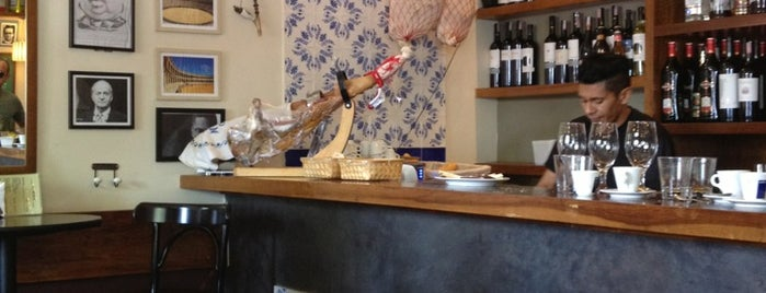 Maripili is one of Restaurantes.