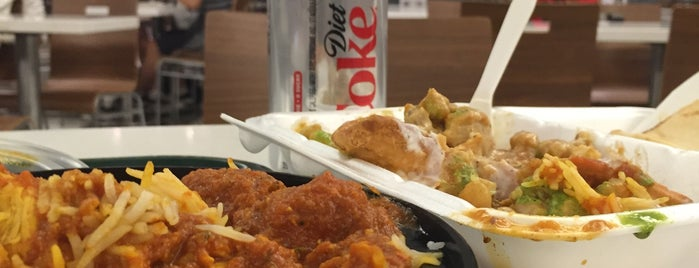 Simcoe Place Food Court is one of Nom nom in GTA.