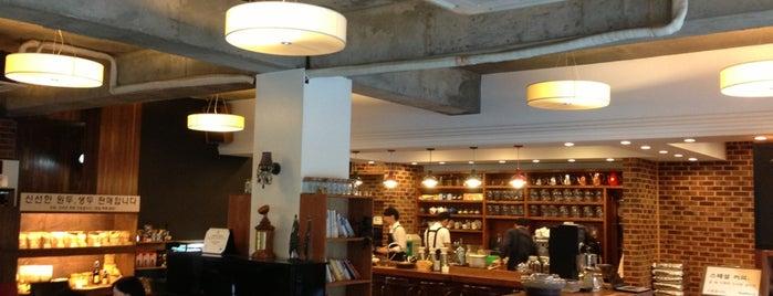 커피브라더 is one of 카페투어.