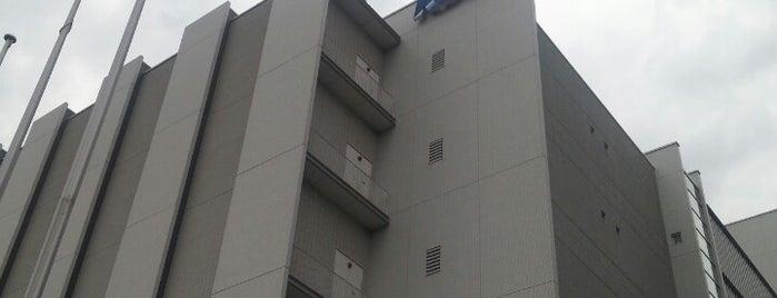 KDDI 多摩第四ネットワークセンター is one of IDC JP.
