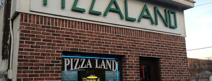 PizzaLand is one of The Sopranos.