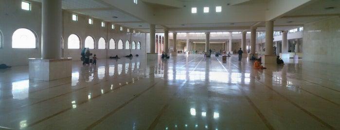 Masjid Raya Bandung is one of Bandung ♥.
