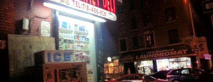 Brooklyn Gourmet Deli is one of Groceries.