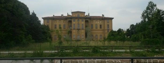 Villa Alari is one of Cernusco sul Naviglio.