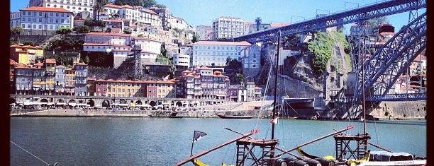 Cais de Gaia is one of Sítios que valem a pena ir no Grande Porto.