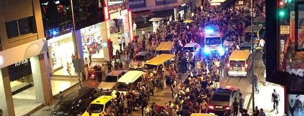 Kadıköy Çarşı is one of Özledikçe gideyim - İstanbul.
