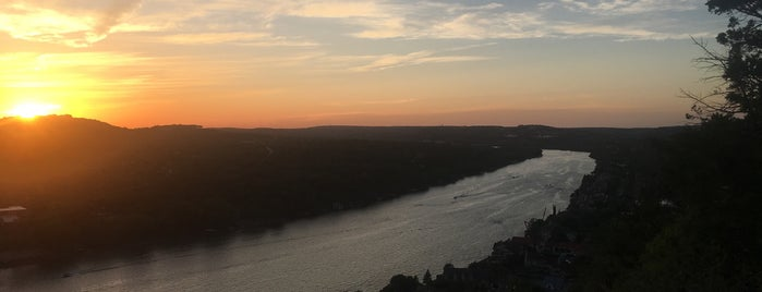 Mount Bonnell is one of Austin!.