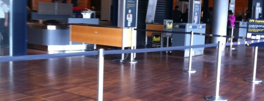 Sikkerhedskontrol / Security - T3 is one of Copenhagen.