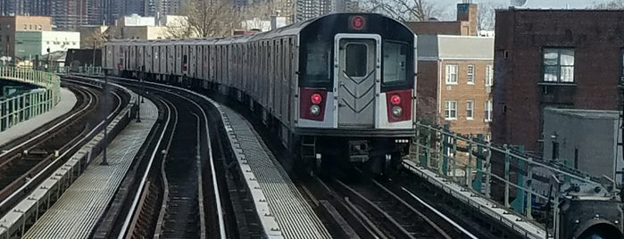 MTA Subway - Middletown Rd (6) is one of NYC Subways 4/5/6.