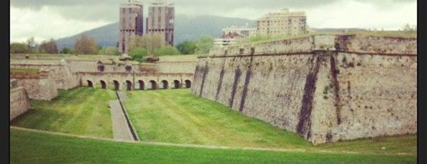 Parque Vuelta del Castillo is one of Prive.