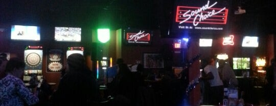 The Town Bar & Grill is one of Official Blackhawks Bars.