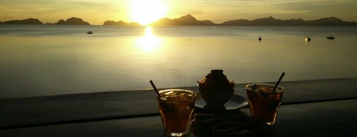 Republica Sunset Bar is one of Filipinler-Manila ve Palawan Gezilecek Yerler.