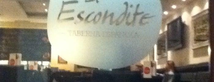 El Escondite is one of Sitios que he estado en Belgrado.
