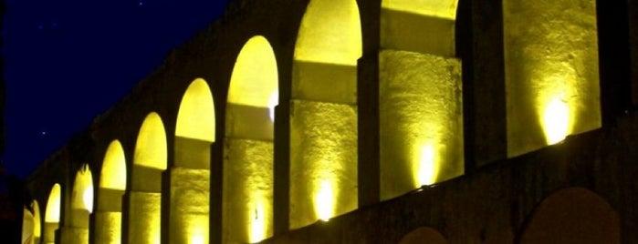Arcos da Lapa is one of Passeios de amorrrrr.