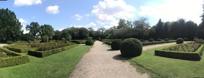 Rosengarten is one of Berlin parks.
