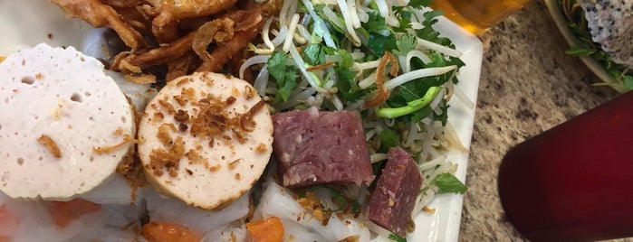 Banh Cuon Hoa II Noodle House is one of HOU Asian Restaurants.