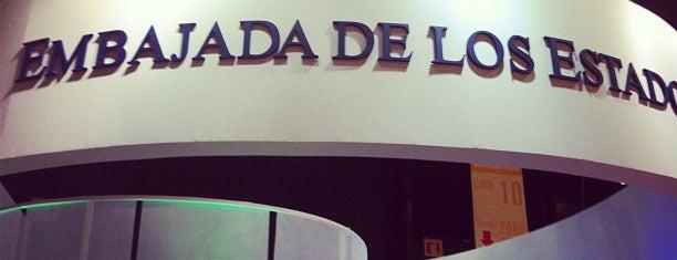 Feria del Libro is one of En la Ciudad.