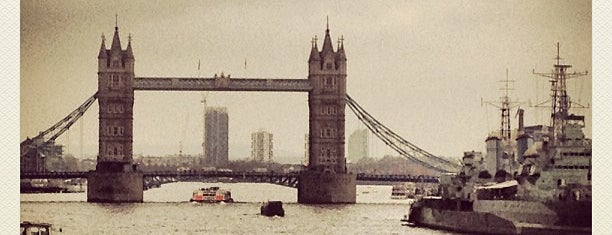 Tower Bridge is one of Steampunk London.