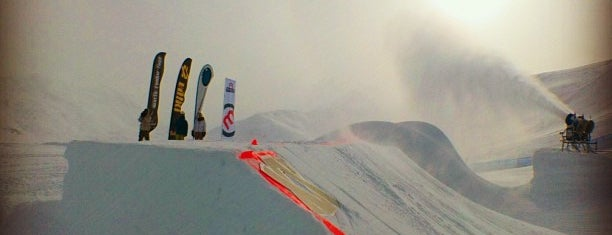 Mottolino Fun Mountain is one of Burton supported Snow Parks.