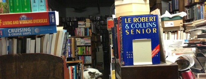 T. Westcott Libraire is one of Great Indy Shopping Montreal.