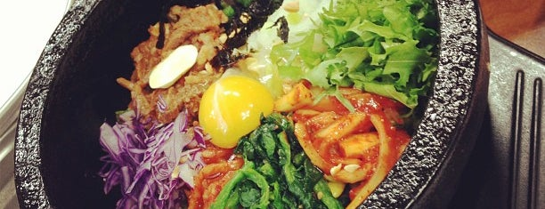 Jeonju Jungang Hoegwan is one of 한국인이 사랑하는 오래된 한식당 100선.